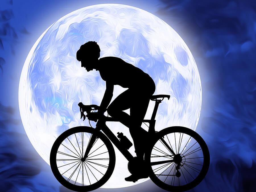 自転車に乗るときの恰好
